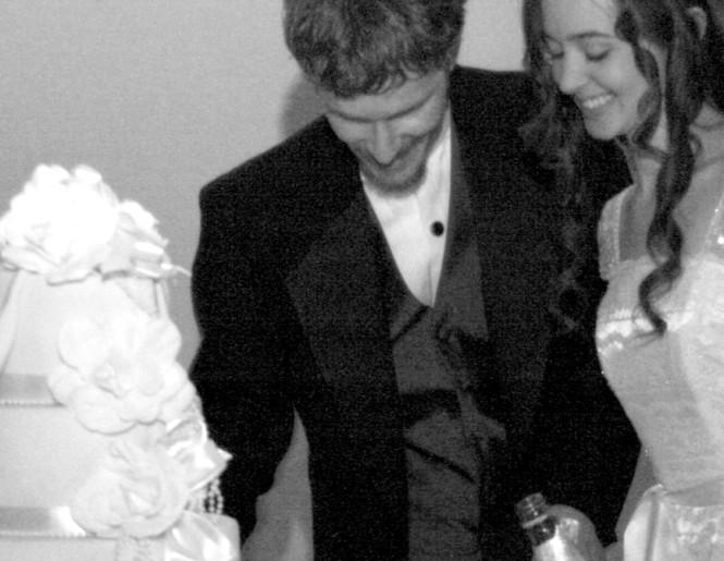 Mmm, wedding cake...