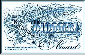 very-inspiring-blogger-award-blue11